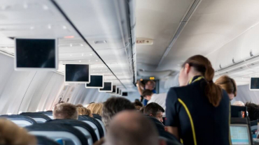 Hypnosis can help you overcome the fear of flying